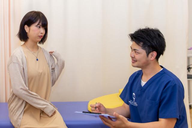 お身体の状態を丁寧に確認し、お身体に合わせた施術を行います。